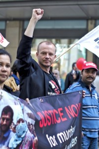 Jyrki Raina on protest march